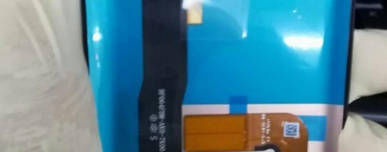 华为Mate20前面板曝光:首配曲面刘海屏+3D结构光人脸识别