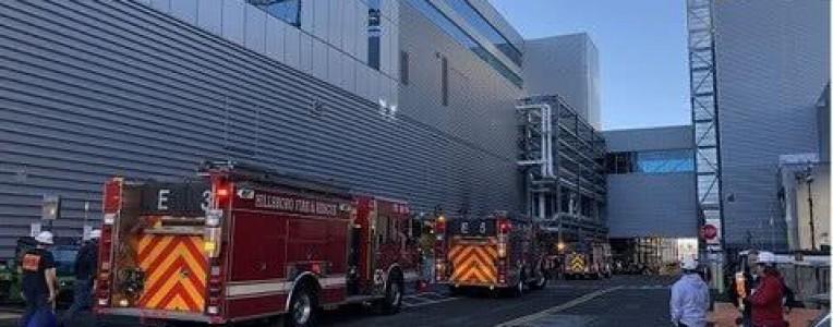 英特尔美国工厂疑似不明气体泄露,22人出现呼吸问题